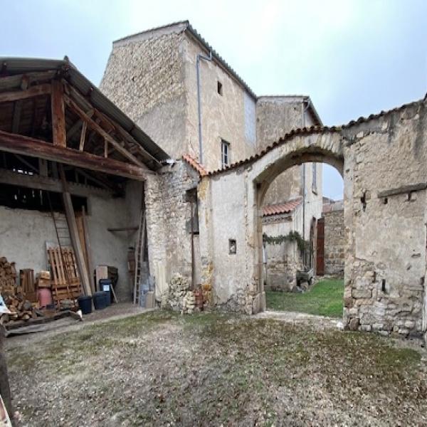 Offres de vente Maison de village La Sauvetat 63730